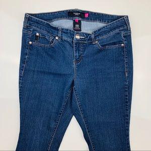 Torrid Flared Medium Wash Jeans Size 16